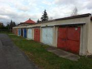 Pronájem garáže Pod Holým vrchem, Česká Lípa. Řadová zděná garáž se zavedenou elektřinou,